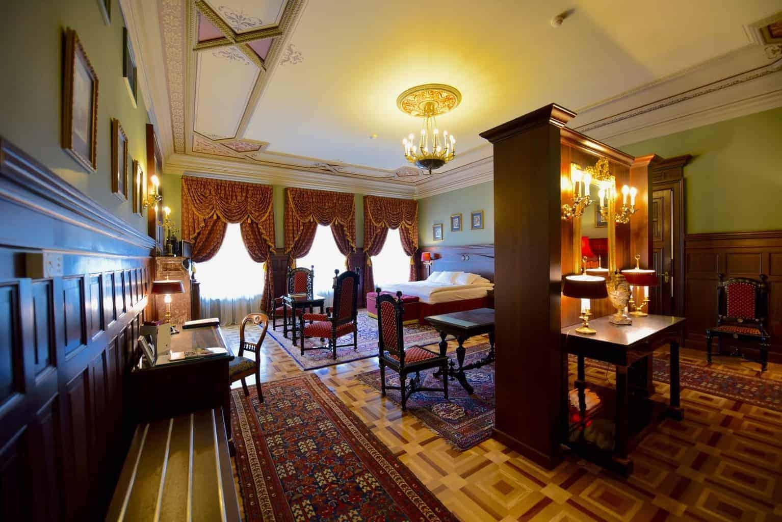 Gallery Park Hotel, Riga Latvia Royal Suite